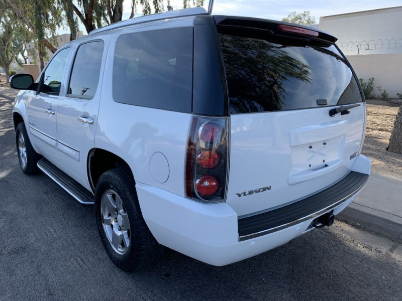GMC YUKON 2007 price $8,949