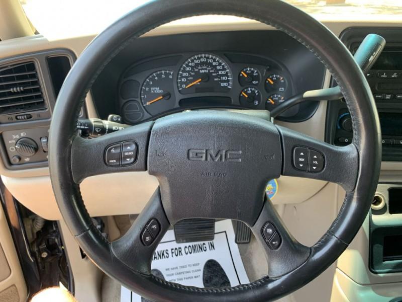 GMC YUKON 2004 price $9,499