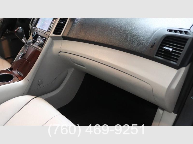 Toyota Venza 2010 price $8,999