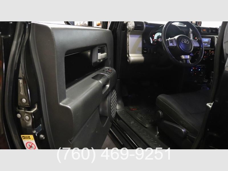 Toyota FJ Cruiser 2007 price $19,999