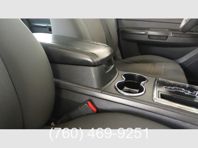 Chrysler 300 2008 price $5,499