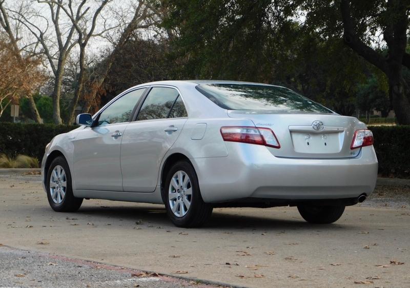 Toyota Camry Hybrid 2007 price $5,990