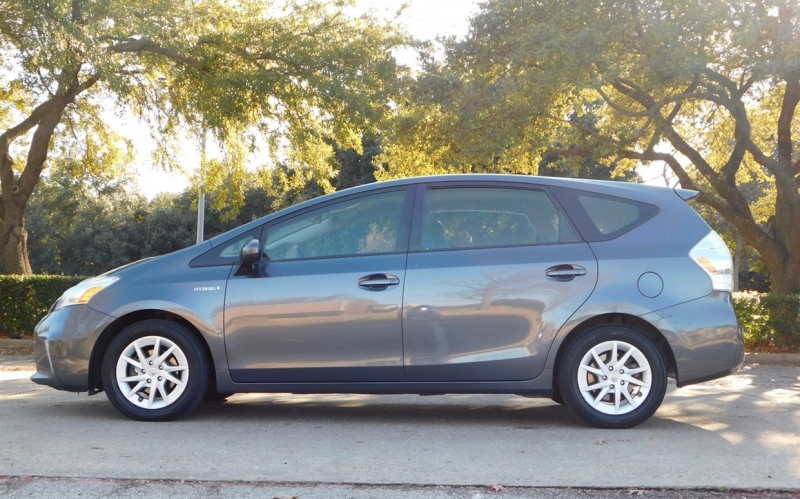 Toyota Prius v 2013 price $5,990