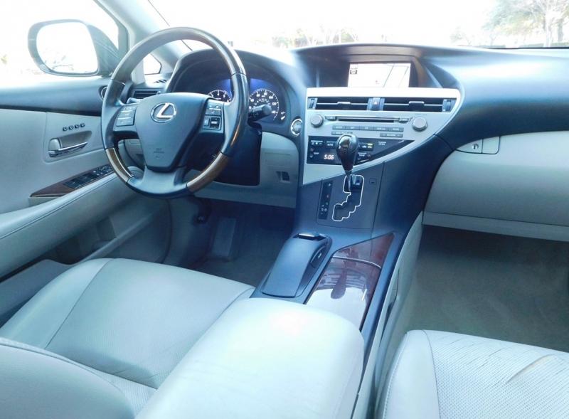 Lexus RX 350 2010 price $9,990