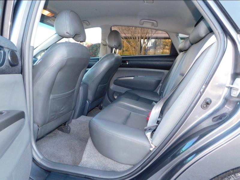 Toyota Prius 2006 price $2,990