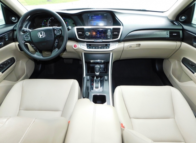 Honda Accord Hybrid 2015 price $7,990