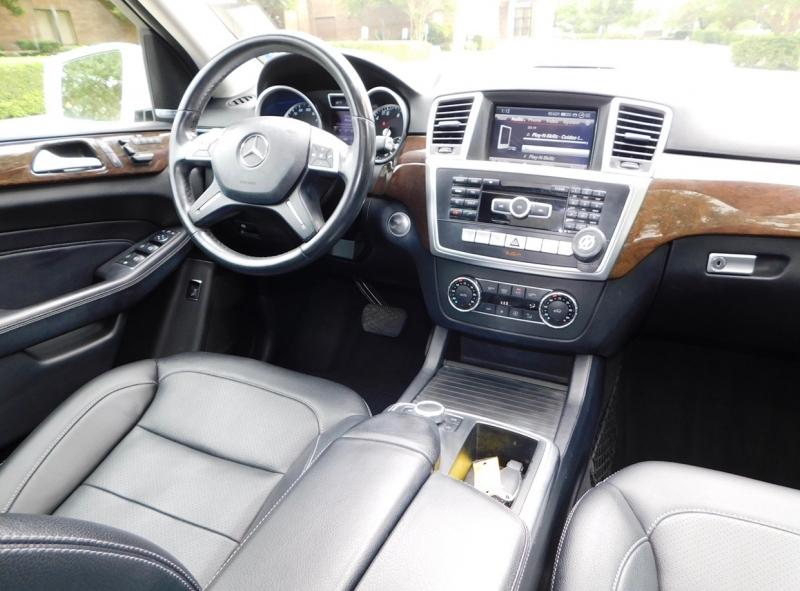 Mercedes-Benz M-Class 2013 price $12,990