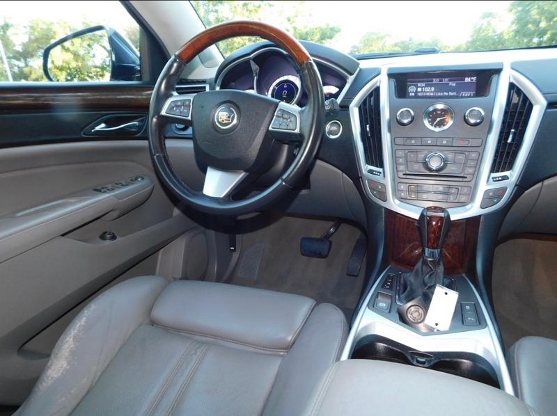 Cadillac SRX 2010 price $9,990