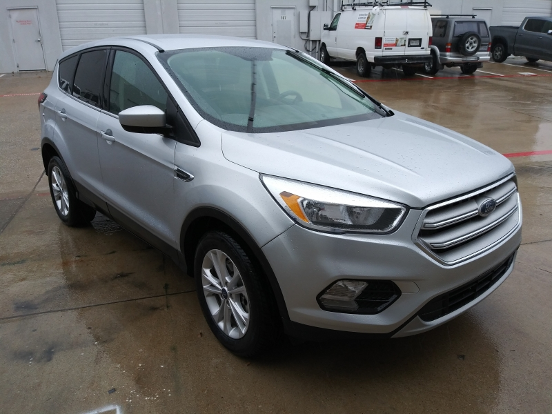 Ford Escape 2019 price $18,499