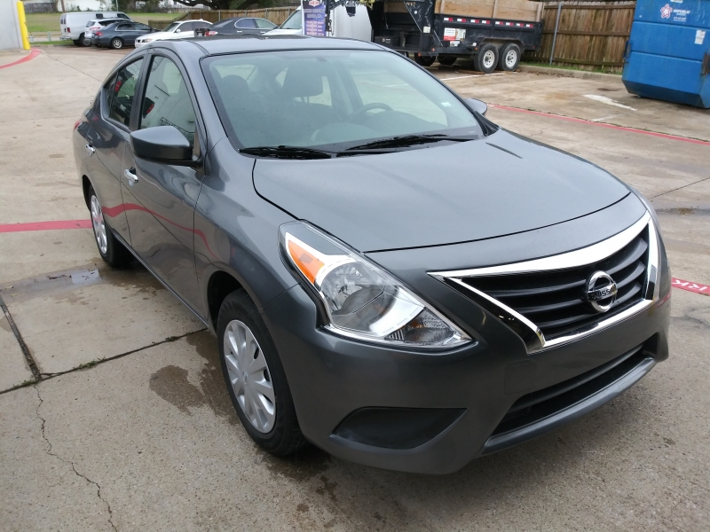 Nissan Versa 2019 price $9,995