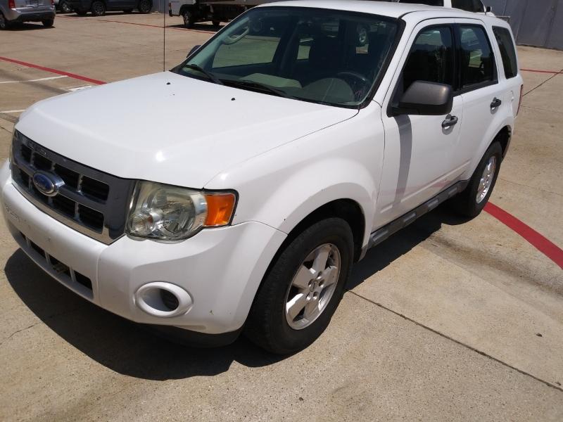 Ford Escape 2011 price $6,899