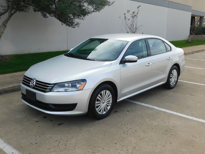 2015 passat 1 8t auto s cloth bluetooth inventory. Black Bedroom Furniture Sets. Home Design Ideas