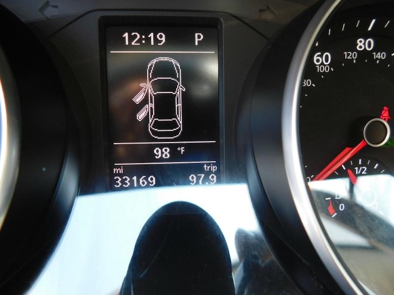 Volkswagen Passat 2016 price $12,990