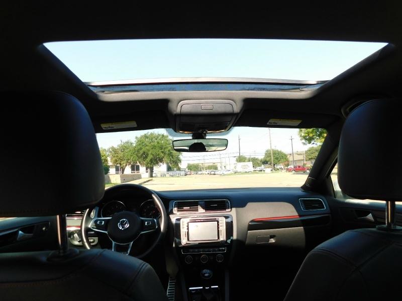 Volkswagen Jetta 2017 price $16,990