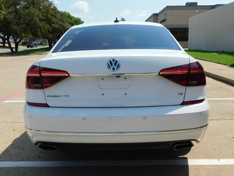 Volkswagen Passat 2017 price $16,500