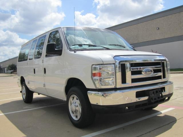 2013 Ford Econoline Wagon