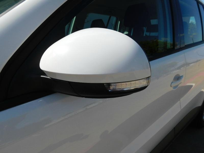 Volkswagen Tiguan 2012 price $8,990