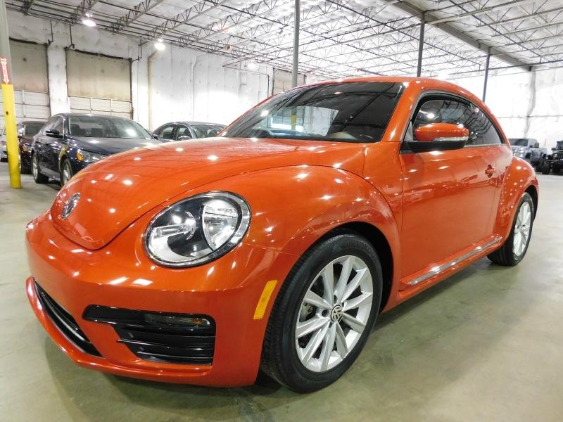 Volkswagen Beetle 2018 price $13,990