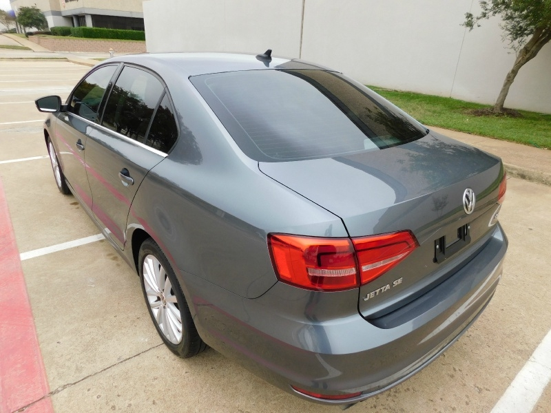 Volkswagen Jetta Sedan 2015 price $11,990