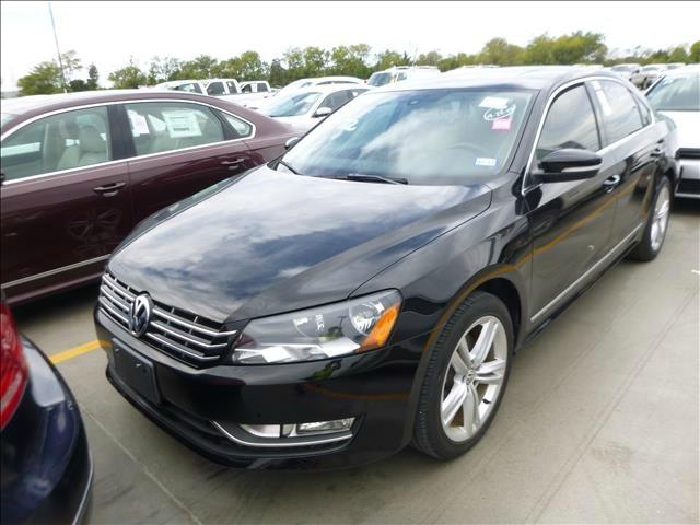 Volkswagen Passat 2014 price $12,490