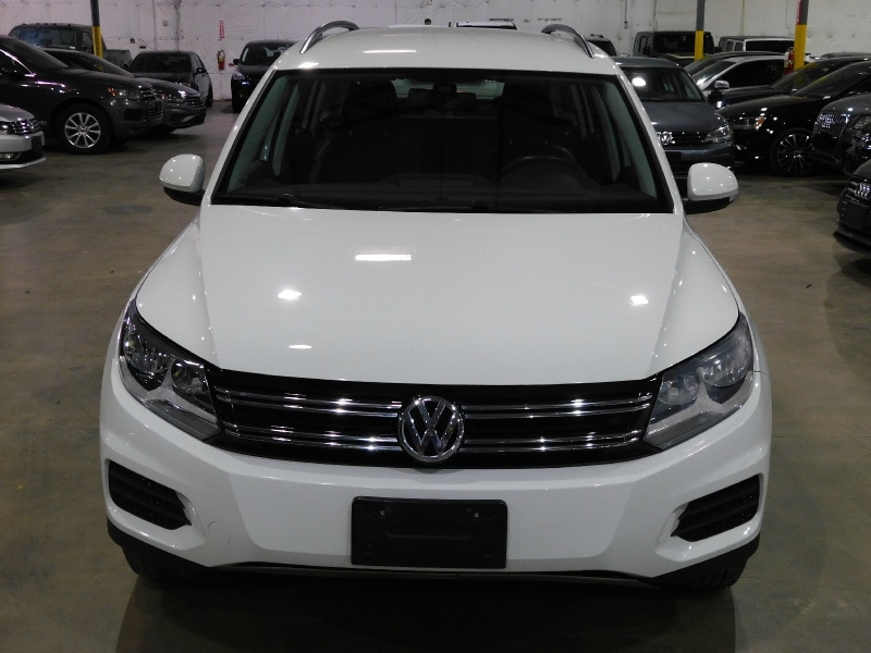 Volkswagen Tiguan 2017 price $13,990