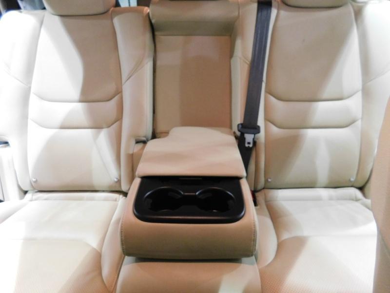 Mazda CX-9 2019 price $25,990