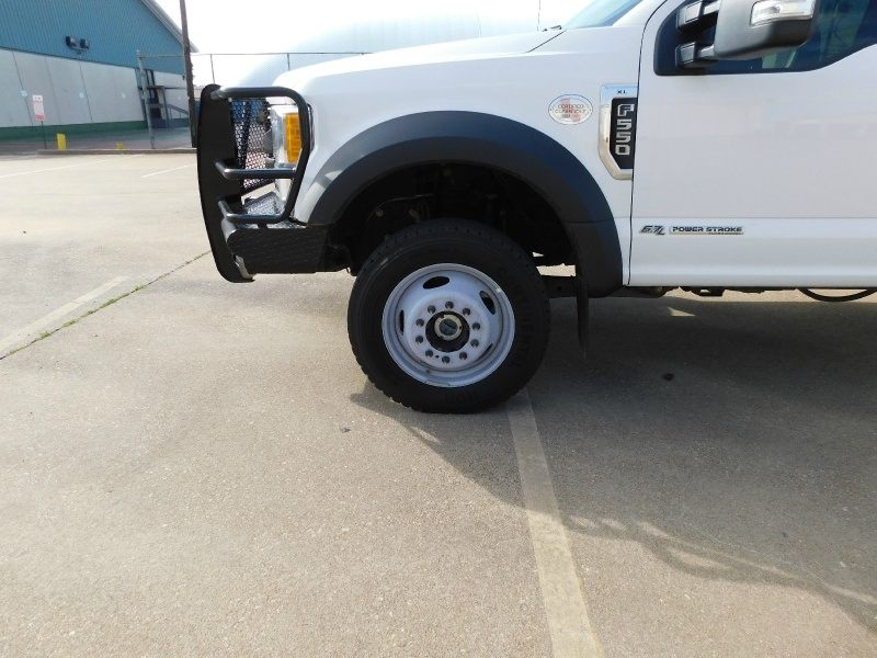 Ford Super Duty F-550 DRW 2017 price $28,990