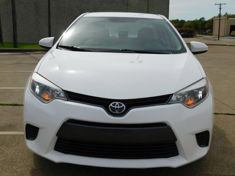 Toyota Corolla 2015 price $7,500
