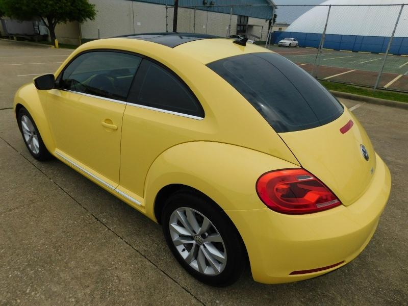 Volkswagen Beetle Coupe 2013 price $13,990