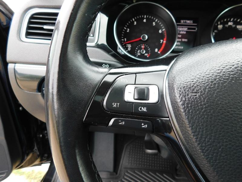 Volkswagen Jetta Sedan 2016 price $8,990