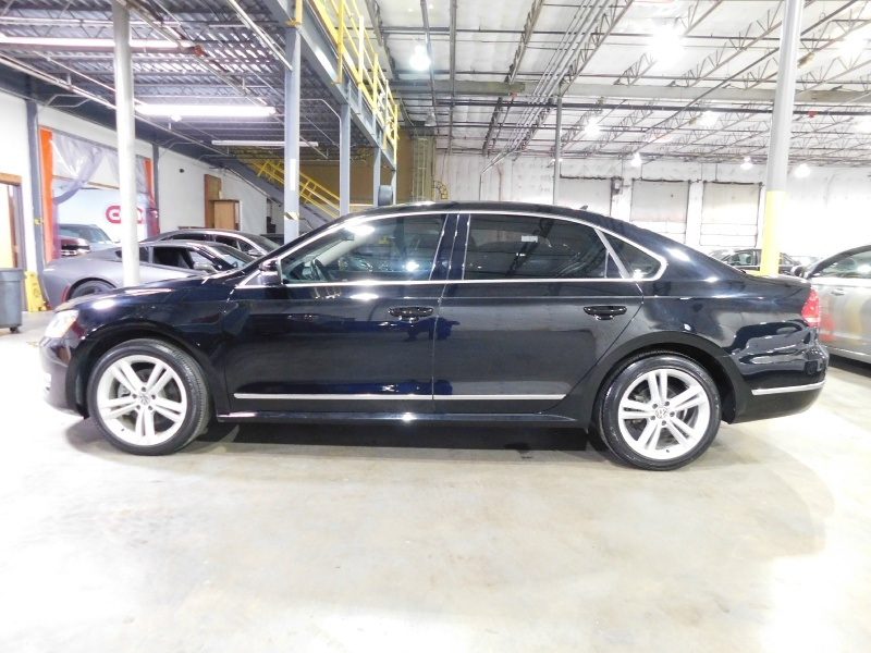 Volkswagen Passat 2014 price $10,990