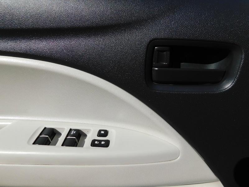 Mitsubishi Mirage G4 2017 price $5,990