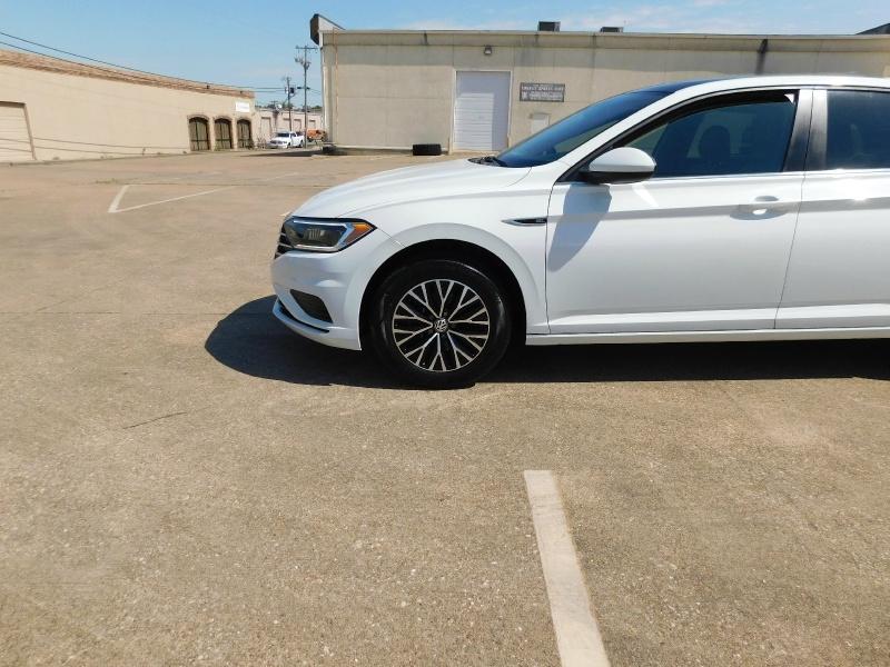 Volkswagen Jetta 2019 price $16,990