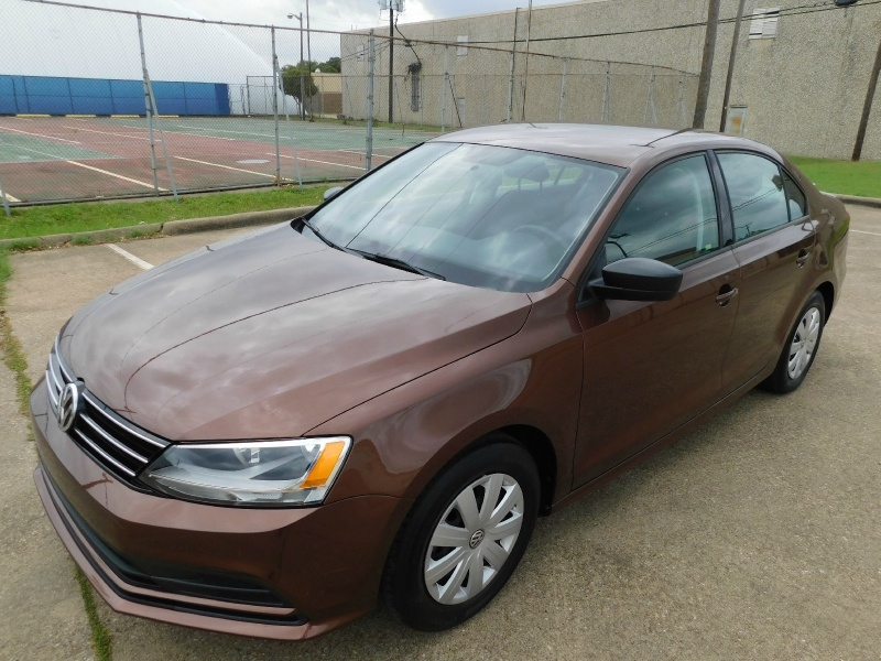 Volkswagen Jetta Sedan 2016 price $9,990