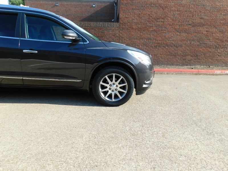 Buick Enclave 2016 price $13,990