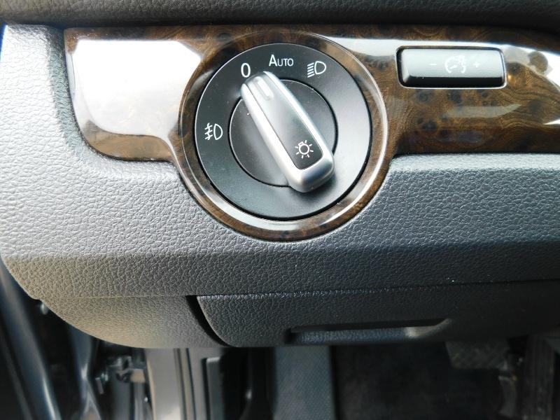 Volkswagen Passat 2014 price $11,990