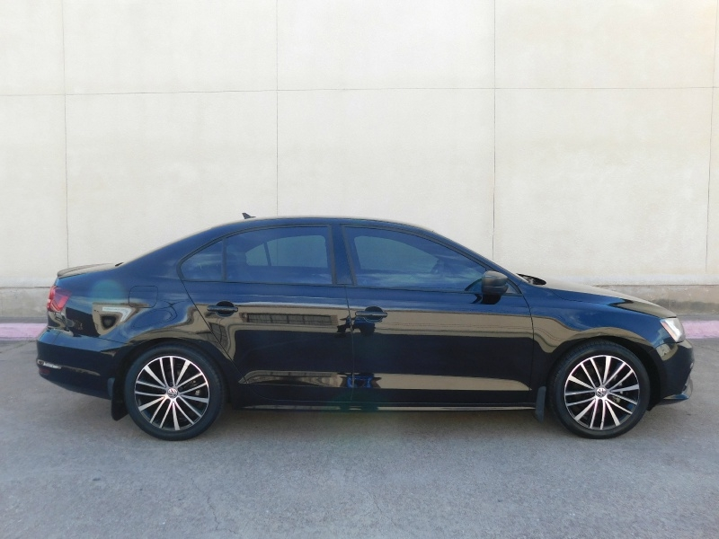 Volkswagen Jetta Sedan 2016 price $13,990
