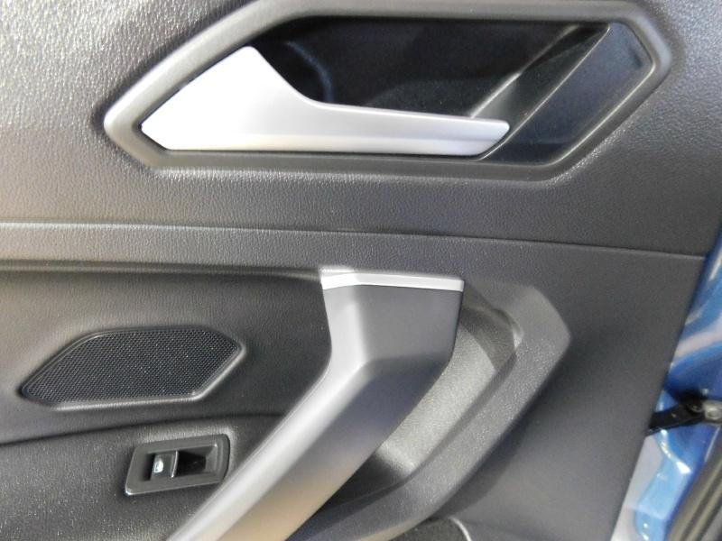 Volkswagen Tiguan 2019 price $23,990