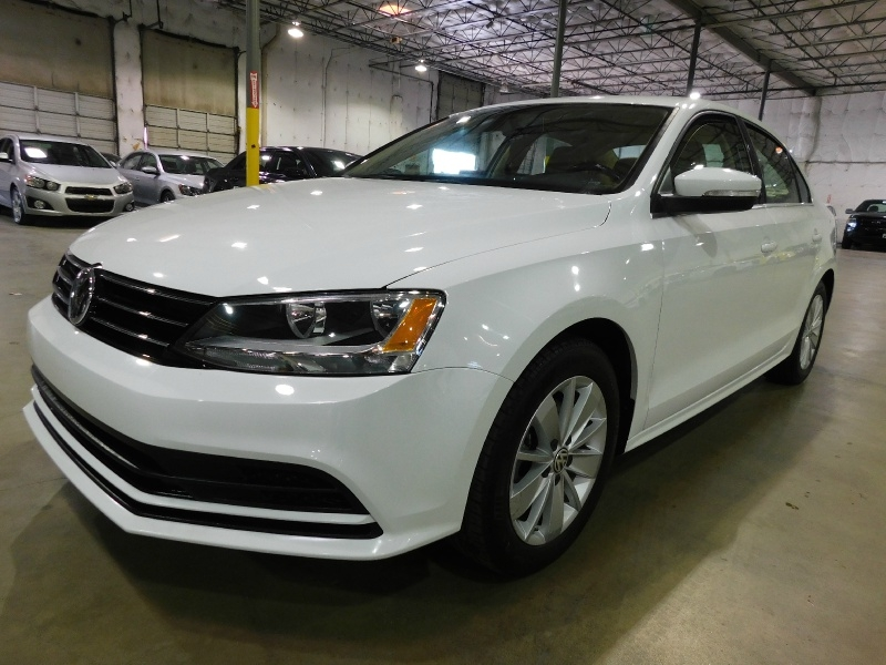Volkswagen Jetta Sedan 2015 price $10,990