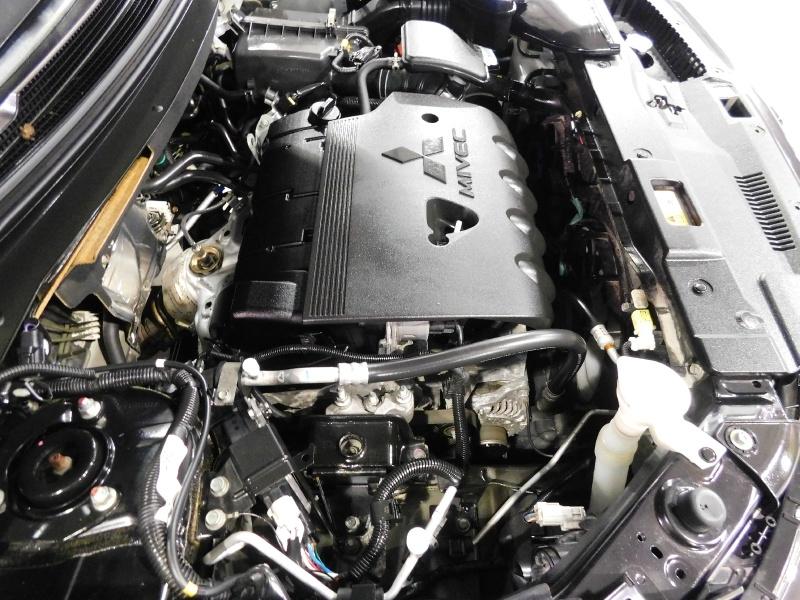 Mitsubishi Outlander 2016 price $13,990