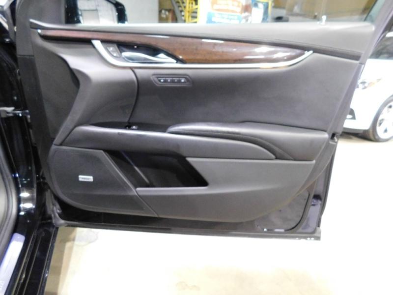 Cadillac XTS 2016 price $24,990