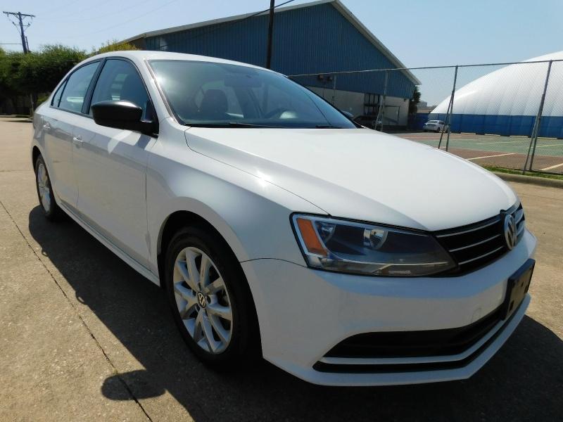 Volkswagen Jetta Sedan 2015 price $6,990
