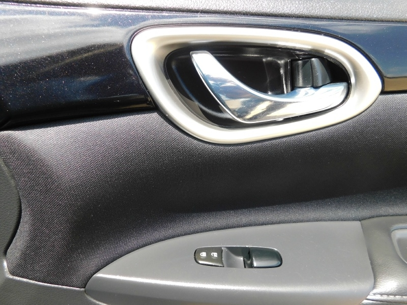 Nissan Sentra 2016 price $10,990