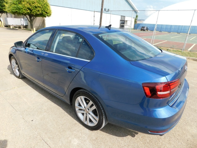 Volkswagen Jetta Sedan 2017 price $15,990