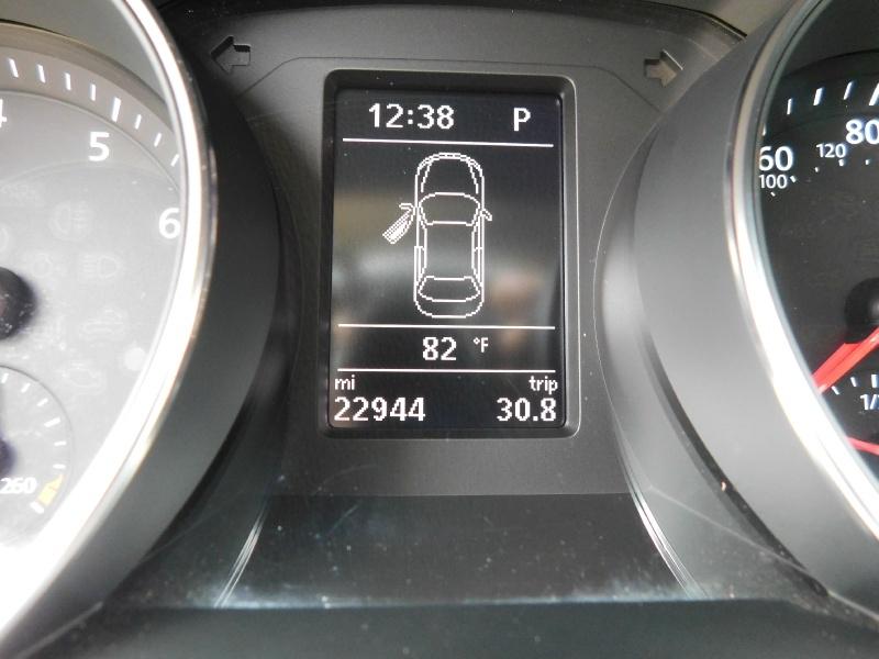 Volkswagen Jetta 2017 price $14,990