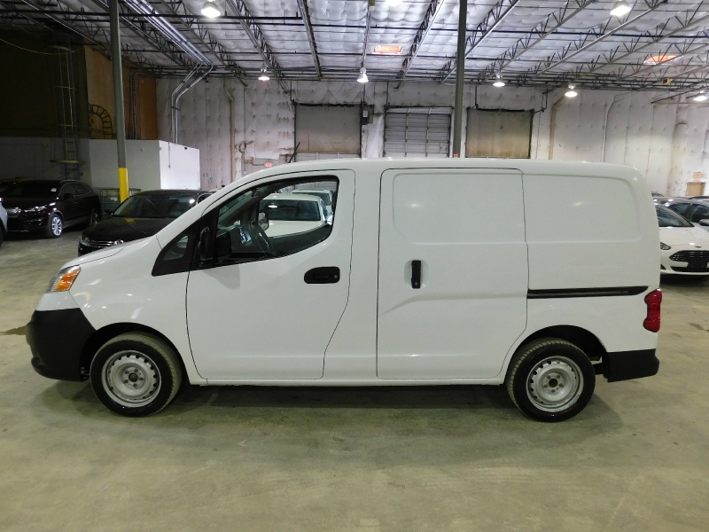 Nissan NV200 Compact Cargo 2017 price $12,990