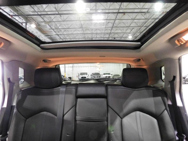 Cadillac SRX 2013 price $17,990