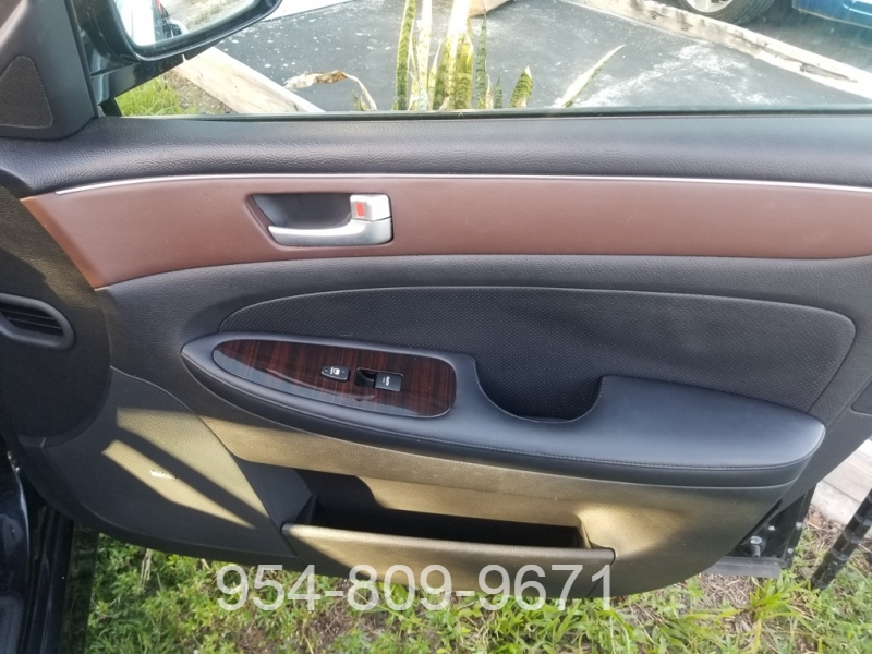 Hyundai Genesis 2013 price $12,495