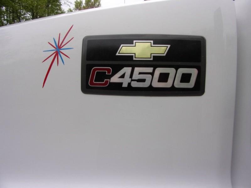 Chevrolet C4500 2006 price $30,900