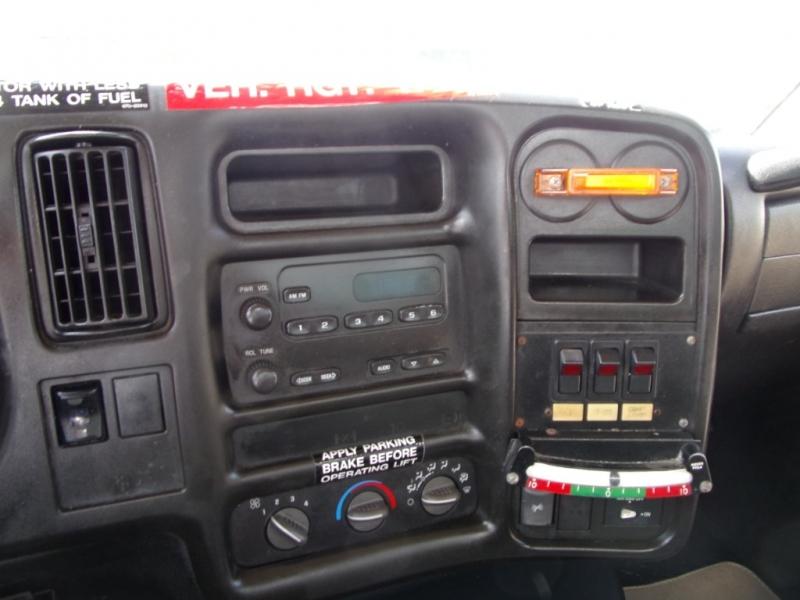 Chevrolet C4500 2005 price $25,900